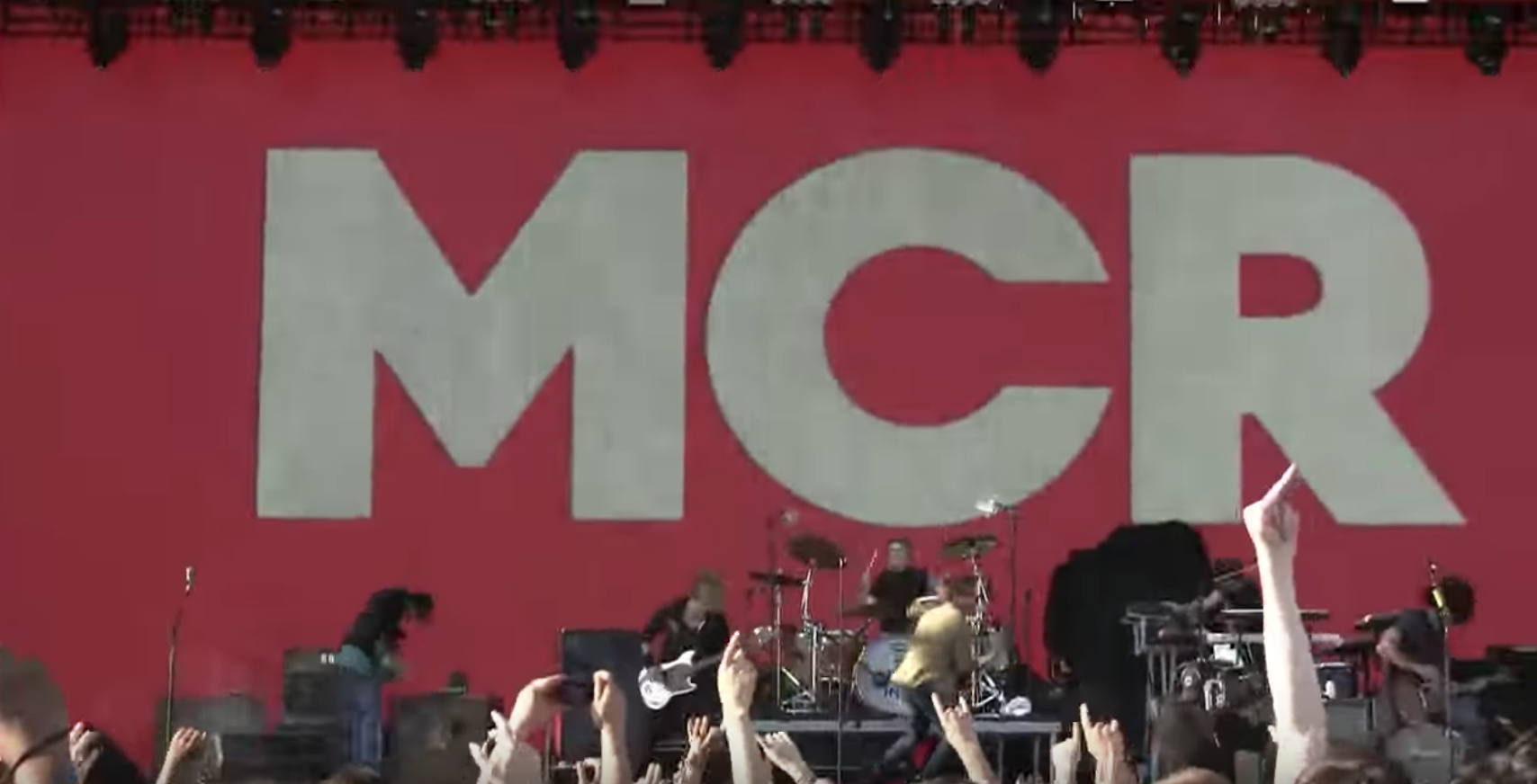 Watch Some Videos From The Last My Chemical Romance Performance