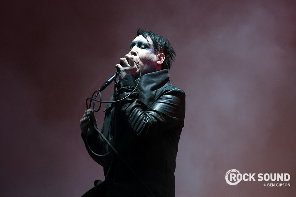 marilyn manson s team has released a statement on his condition news rock sound magazine. Black Bedroom Furniture Sets. Home Design Ideas