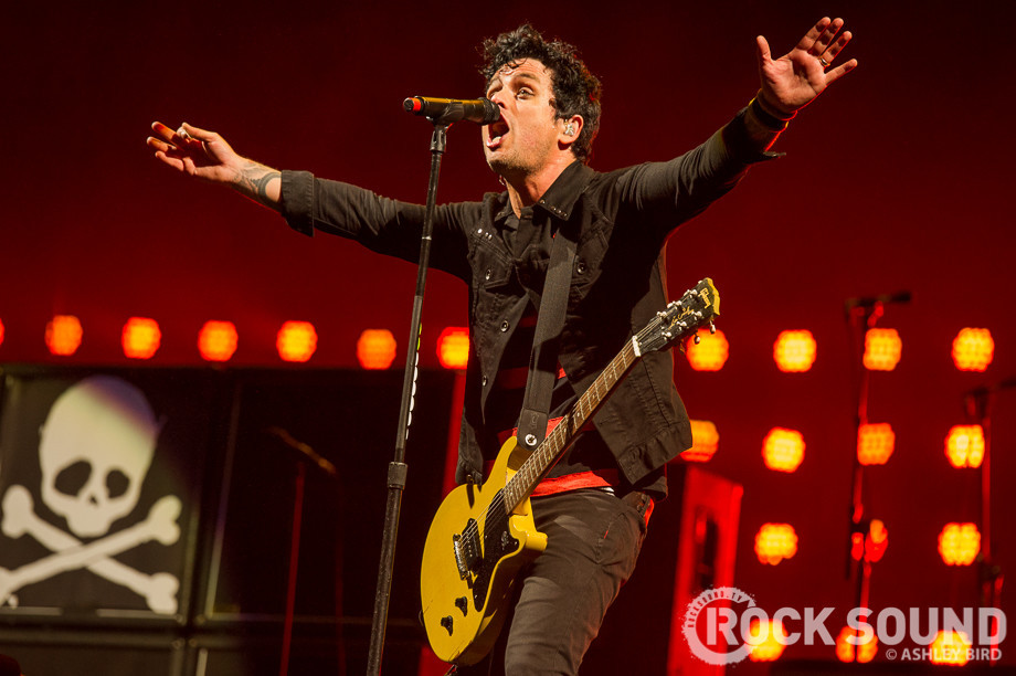 green day postpone tour dates news rock sound magazine. Black Bedroom Furniture Sets. Home Design Ideas