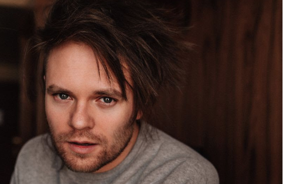 "Rou Reynolds' Book Is For Fans ""To Fulfil The Desire To Know"