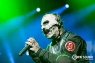Corey Taylor Falls At Show, Has To Be Helped Off Stage